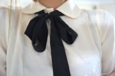 Bows and peter pan collars? Yes! :)