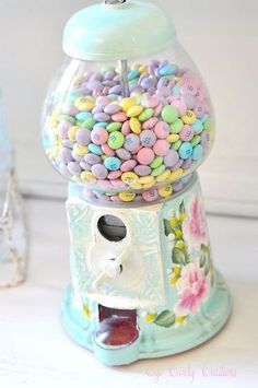 pastel m's into our candy dispenser. Inspiration (See How She makes over Vintage Gumball Machines into these lovelies) :) Candy Dispenser, Bonbons Pastel, Mint Chocolate Candy, Pastel Colors, Colours, Pastel Decor, Pastel Palette, Soft Pastels, Pastel Yellow