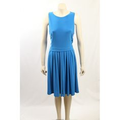 Perfect wear-to-work dress in a beautifull aegean blue colour. The dress has a sleeveless design, knee long and is pleated. Hot Dress, Exclusive Collection, Work Wear, Designer Dresses, Size 14, Ralph Lauren, Dresses For Work, Colour, How To Wear