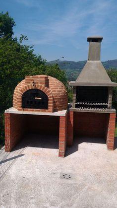 Montaje de horno de leña de Pereruela en ladrillo y barbacoa de hormigón refractario. El horno de barro de Pereruela montado en Oviedo.