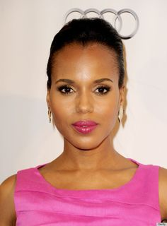 """This is how you match your makeup to your outfit. The """"Scandal"""" star's raspberry lipstick has us giddy about what she'll be wearing on Sunday night at the Emmys."""