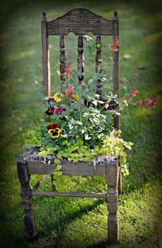 Garten-Dekor-Kunst-Idee-Stuhl Recup#GartenDekorKunstIdeeStuhl #Recup