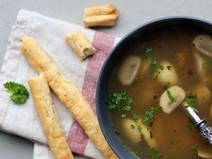 Voor het vervolg van mijn soeptocht heb ik gekozen voor een soep die ik vorig jaar met kerstmis samen met mijn hubbie heb gemaakt. Het is een lichte soep met een lekkere bite en een heerlijke geur.…