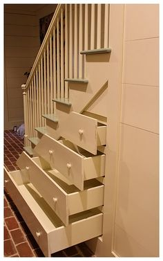 Would love to have this on our stairway for blankets/games and the like!