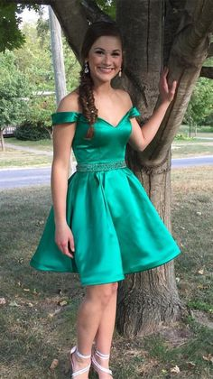 short green homecoming dress, off the shoulder short homecoming dress, 2017 homecoming dress prom dress party dress