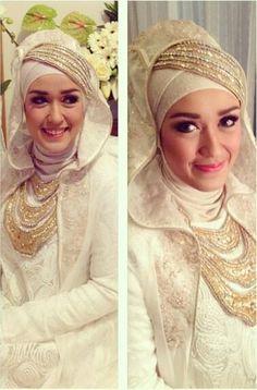 20 Splendid Wedding Dresses Fit And Flare Hijabi Wedding, Wedding Hijab Styles, Muslim Wedding Dresses, Muslim Brides, Bridal Hijab, Hijab Bride, Pakistani Bridal, Moslem Fashion, Designer Bridal Lehenga