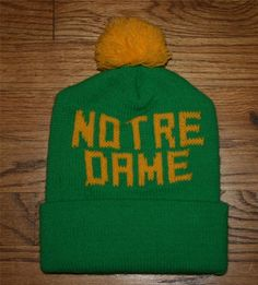 NEW Vintage NOTRE DAME Fightin Irish Green Knit Beanie/stocking Pom HAT-Football