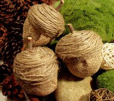 Burlap Acorns made from plastic Easter eggs and pinecones Burlap Projects, Burlap Crafts, Fall Projects, Rope Crafts, Diy Projects, Diy Crafts, Autumn Crafts, Thanksgiving Crafts, Holiday Crafts