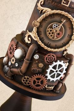 steampunk cake ideas You have to see Steampunk Robot Cake by Tracey Rothwell! Gorgeous Cakes, Pretty Cakes, Cute Cakes, Amazing Cakes, Crazy Cakes, Fancy Cakes, Pink Cakes, Unique Cakes, Creative Cakes