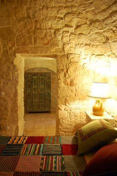 Masseria Cervarolo, Ostuni, 2005 http://bit.ly/y2M4gm #archilovers #architecture #bedroom