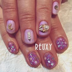 @reuxy - Instagram:「nailed by @kana728 . #nail #nails #nailart #art #naildesign #gelnail #instanail #instanails #nailpic #nailfashion #japanesenail #newnail #nailstagram #pink #pinknail #star #ネイル #ネイルアート #ジェルネイル #ジェル #ジェルアート #ピンク #ピンクネイル #ラメ #ラメネイル #アシメネイル #パーツ #星 #REUXY」