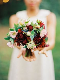 This is a lovely #bouquet by JMFlora Design. Photographed by Amelia Johnson.