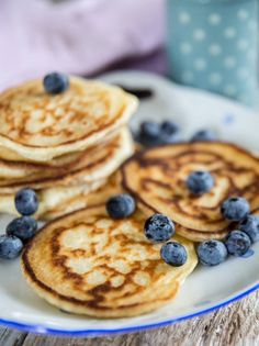 glutenfria amerikanska pannkakor Food N, Food And Drink, Pancakes And Waffles, Fodmap, Gluten Free Recipes, Free Food, Healthy Snacks, Bakery, Clean Eating