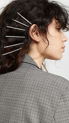 How to Style Hair Clips - Ann Whyte - How to Style Hair Clips Kitsch Justine Marjan x Kitsch Classic Rhinestone Bobby Pin Set - Pigtail Hairstyles, Bobby Pin Hairstyles, Braided Hairstyles, Womens Fashion Online, Latest Fashion For Women, Kitsch, Crane, Twist Headband, Hair Accessories For Women
