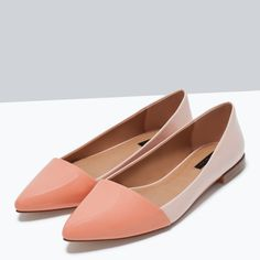 Image 5 of TWO-TONE FLAT SHOES from Zara