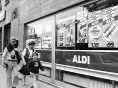 Karl Albrecht, a Founder of Aldi Stores, Dies at 94 - NYTimes.com (Check out this 1980s German Aldi!)