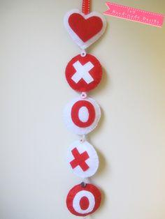 heart & xoxo wall/mobile hanging Felt Wall Hanging, Hand Stitching, Washer Necklace, Heart, Jewelry, Jewlery, Jewerly, Schmuck, Jewels