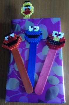 #Marcapáginas con #palos de #polo de #barrio #sésamo de #hamabeads midi  #HOWTO #DIY #artesanía #manualidades