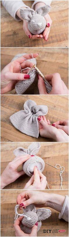 Un coniglietto pasquale da un quadrato a maglia: segui il tutorial! - http://it.dawanda.com/tutorial-fai-da-te/lavorare-maglia/come-fare-coniglietto-pasquale-maglia-principianti
