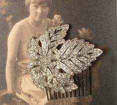 1920s Art Deco TRUE Vintage Rhinestone Silver Filigree Bridal Hair Comb, Antique Heirloom Pave Crystal Leaf Fur Clip to OOAK Haircomb