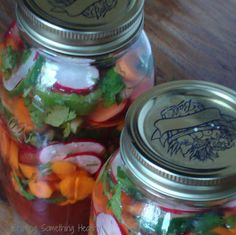 Pickled Vegetables- Mexican Style/Craving Something Healthy Mexican Food Recipes, Vegan Recipes, Mexican Pickled Vegetables Recipe, Vegetarian Mexican, Yummy Recipes, Salad Recipes, Types Of Tacos, Grilled Fish Tacos, Refrigerator Pickles
