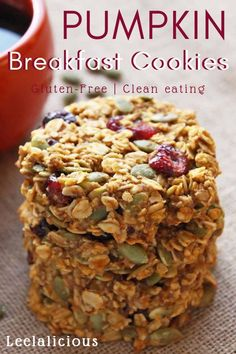These healthy Pumpkin Breakfast Cookies make a nutritious and grab-and-go breakfast that tastes like fall! This gluten-free and clean eating breakfast treat is made with wholegrain oats, cranberries, pumpkin seeds and honey. Healthy Cookies, Healthy Sweets, Healthy Baking, Healthy Breakfast Cookies, Breakfast Cookie Recipe, Gluten Free Recipes For Breakfast, Cookies Vegan, Gluten Free Breakfasts, Healthy Muffins