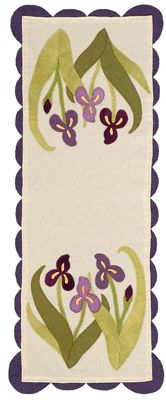 Iris wool table runner pattern by Julie Popa, in:  A Fresh Look at Seasonal Quilts at Martingale
