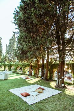 Great Gatsby Inspired Garden Party Wedding in Tuscany - many small adorable things that make it so charming - and this garden and picnic-like setting is great!!