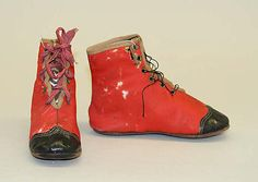 Child's Boots American, Made of leather Victorian Children's Clothing, Antique Clothing, Victorian Era, Vintage Shoes, Vintage Outfits, Vintage Fashion, Old Shoes, Vintage Children, Art Children