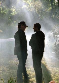 "Steven Spielberg  & Tom Cruise in the set of ""Minority Report"" (2002)"