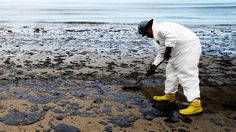 Canada's Department of Fisheries and Oceans says it will try again to secure samples of an oil spill dispersant for testing by government-funded researchers after the American manufacturer refused two requests in 2016.