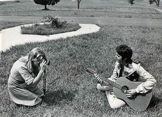 The Beatles Forever - Linda and Paul.