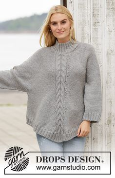 Northern Exposure pattern by DROPS design Cardigan Au Crochet, Knitted Capelet, Knit Crochet, Drops Design, Free Knitting Patterns For Women, Poncho Knitting Patterns, Knitting Gauge, Hand Knitting, Handgestrickte Pullover
