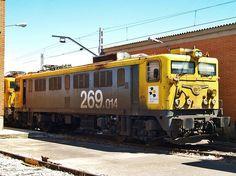 Las locomotoras de origen japonés de la serie 269 revolucionaron la red básica de Renfe durante los años setenta, se trata de unas de las mejores máquinas.