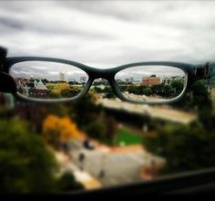 STILL AN UNDERGRAD? , faced with lots of school choices and confronted by lots of information? The AOSA, representing 95 percent of ALL optometry students, has more than 6,600 members who can relate...