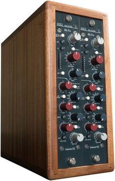Rupert Neve Designs 5052 Dual Channel Rack -Vertical Inductor EQ Mic Pre | Sweetwater.com