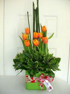 Y En tulipanes, El naranja es el color con mayor dispinibilidad paa este 10 de Mayo ¿Le gustarian a tu Mami?