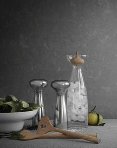 Alfredo Carafe, Salad Bowl, Salt & Pepper Mill and Cutlery, Georg Jensen. Design: Alfredo Häberli