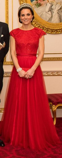 Catherine, Duchess of Cambridge in Jenny Packham attends the Diplomatic Reception at Buckingham Palace. #bestdressed