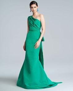 Oscar De La Renta Green Oneshoulder Silk Faille Trumpet Gown Clover