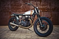 This beautifully proportioned Yamaha XS650 is exactly the sort of thing I'd like parked in my garage.