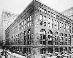 Henry Hobson Richardson; Marshall Field wholesale store/ 1885-1885.  (Demolished in 1930.)