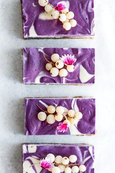 These vegan blueberry lemon cheesecake bars are raw/no-bake and have a smooth and creamy texture. They& made from cashews and coconut milk and loaded with blueberries! Delicious Vegan Recipes, Healthy Dessert Recipes, Healthy Baking, Baking Recipes, Vegan Baking, Raw Recipes, Clean Recipes, Healthy Eats, Blueberry Cheesecake Bars