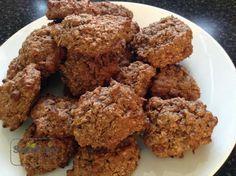 Vločkové sušenky s kokosem a kakaem Krispie Treats, Rice Krispies, Almond, Cookies, Food, Diet, Crack Crackers, Eten, Almond Joy