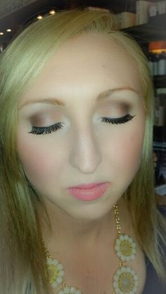 A Fresh Wedding Makeup Look Keep Your Soft Blended And Flawless Flaunt