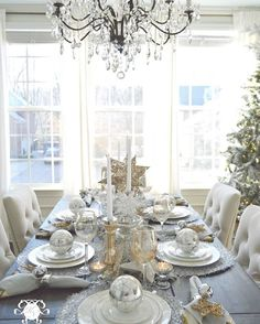 Have you checked out the #winterbloggerlandtour yet? There are so many incredible Christmas decor ideas from my favorite bloggers! I am dying over this gorgeously styled table from @kelleynan 's home tour. Not only is it beautiful it's totally achievable! Go check out the tours, link is in my profile! {tap the photo to see the participating bloggers}