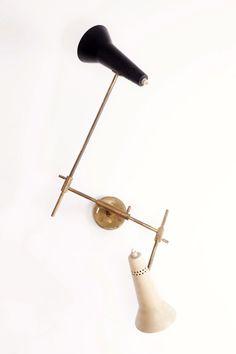 Gino Sarfatti; 169/2 Brass and Enameled Metal Wall Light for Arteluce, 1952.