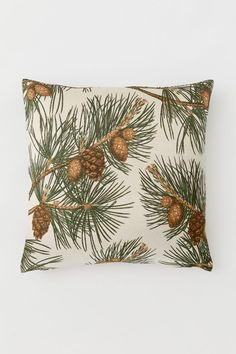 Patterned cushion cover - Light beige/Pine cones - Home All Neutral Pillows, Pine Cone Art, Pine Cones, Home Interior Accessories, White Wreath, H&m Home, Best Pillow, H&m Gifts, Home