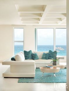 Sea View with White and Turquoise Sectional