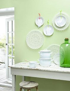 green/white-lentegroen by ariadne at home Home Interior Design, Interior And Exterior, Green Kitchen Walls, Green Walls, Green Rooms, Spring Green, Vintage Table, Soft Colors, Colorful Decor